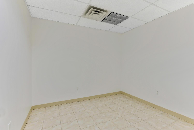 3670-Prince-St-Flushing-NY-large-007-6-Office-1-1499x1000-72dpi