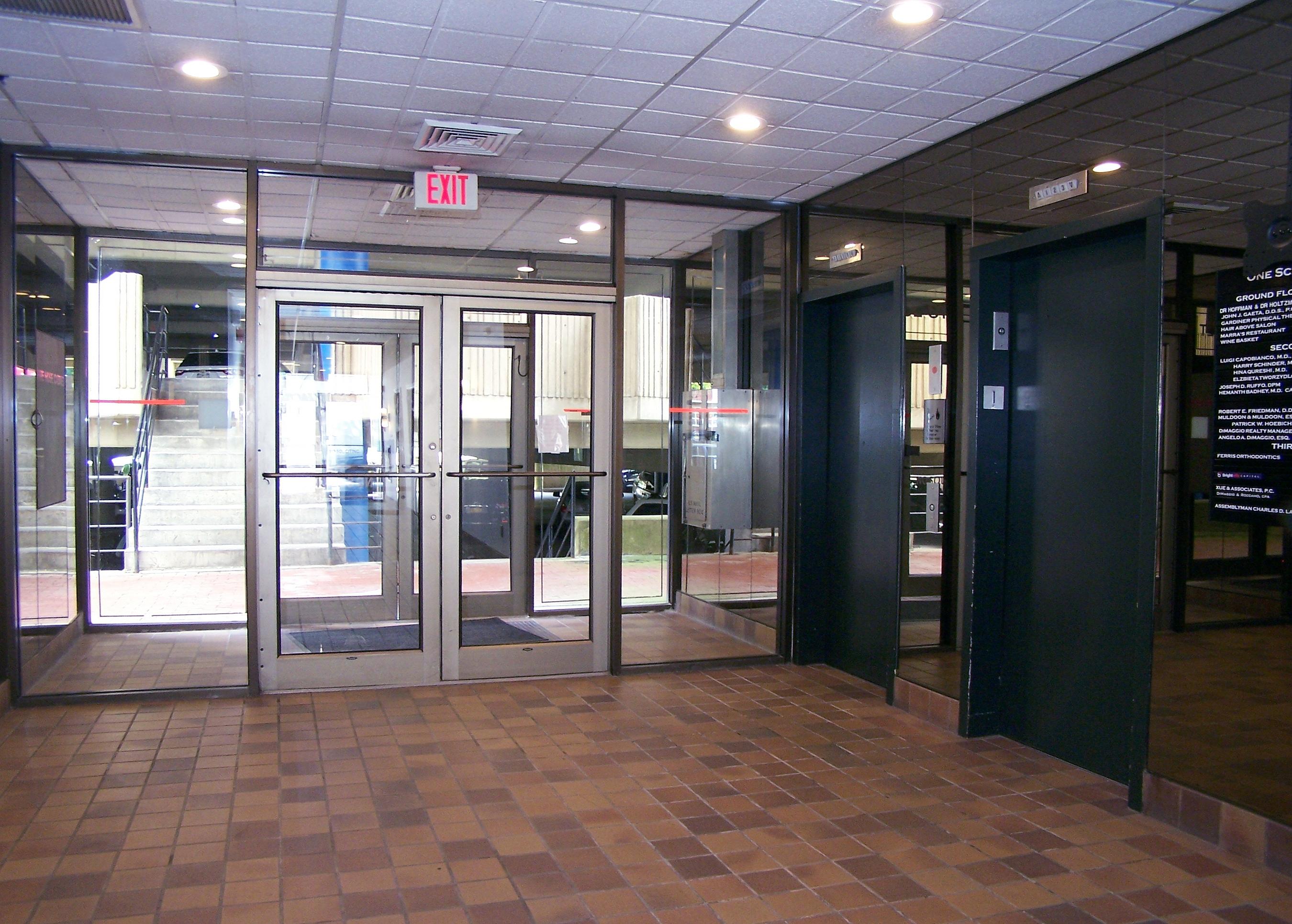 1_elevator