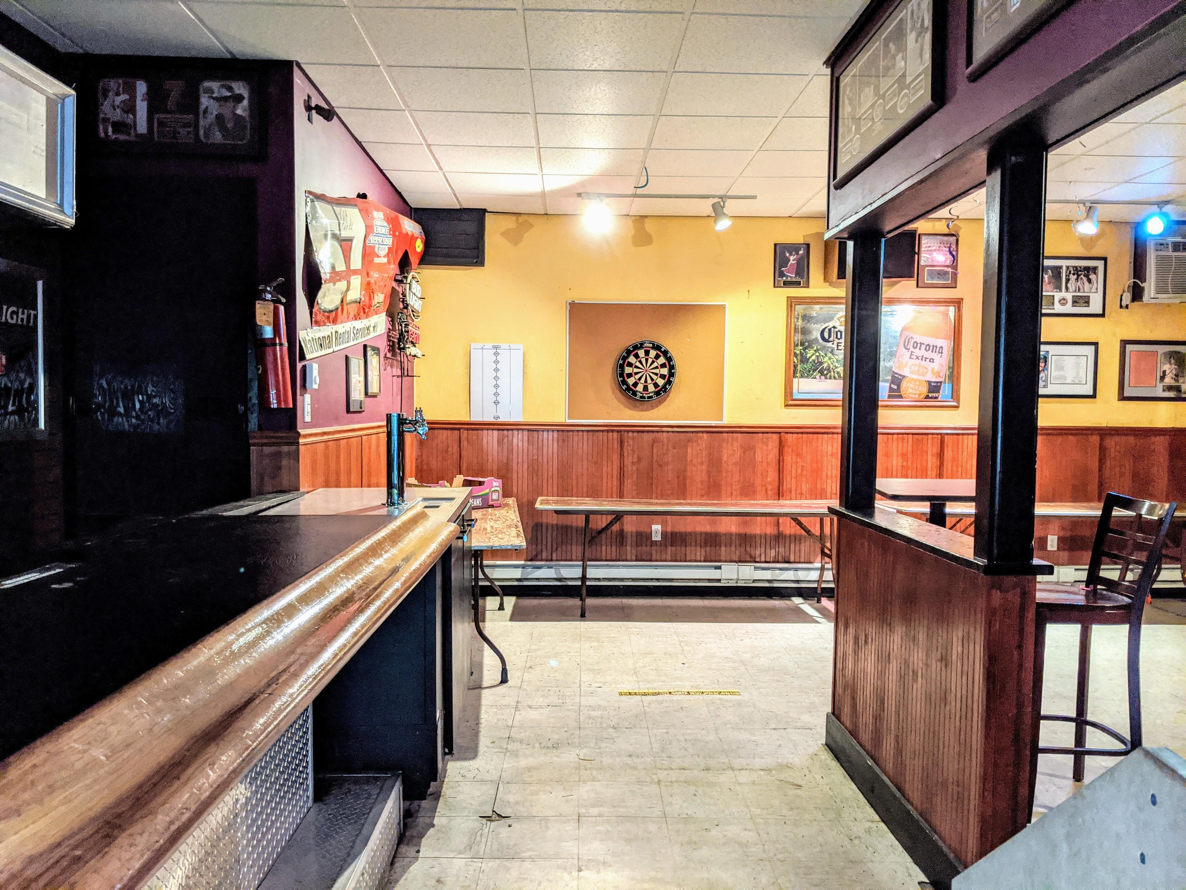 Bar-Dart-Area